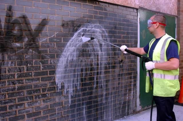 graffiti removal in fontana