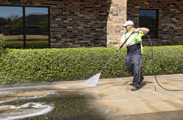 commercial concrete cleaning in fontana